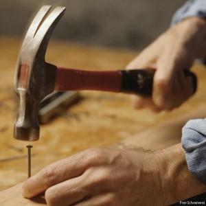 Первый инструмент молоток